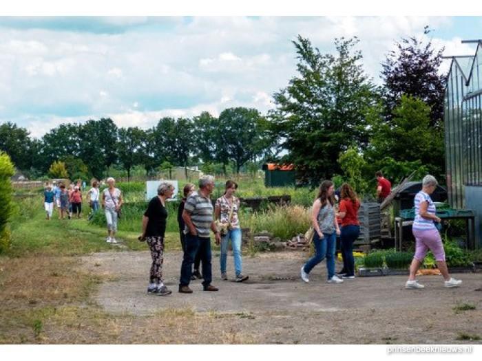Zorgtuinderij trekt veel bezoekers