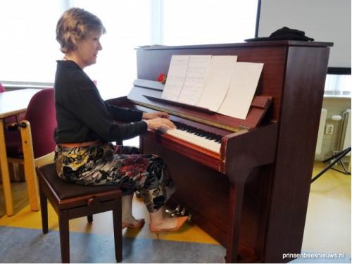 Pianomuziek en film voor Vrouwen van Nu