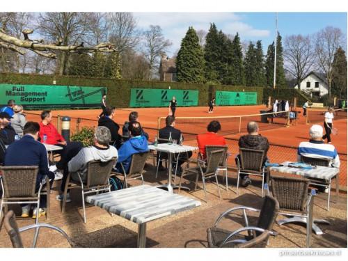 Nog tennissers gezocht voor wijkentoernooi