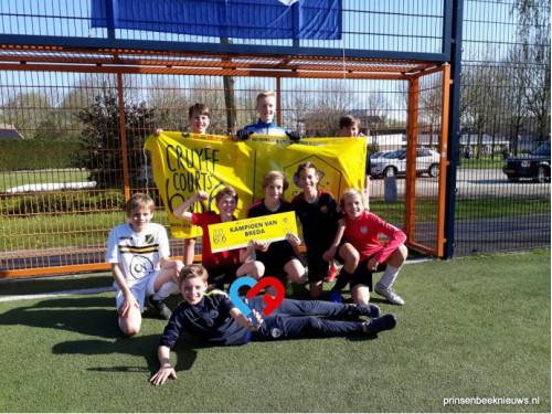 Bredaas kampioen Cruyff Courts