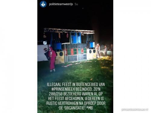 Politie beëindigt illegaal feest Polderweg