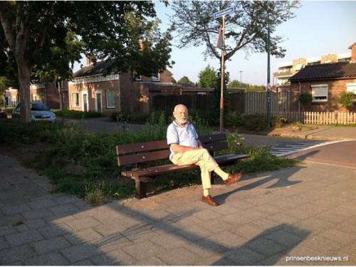 Het duurste bankje van Prinsenbeek staat er eindelijk