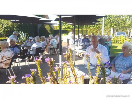 Gastvrije ontvangst Zonnebloem op Overveld
