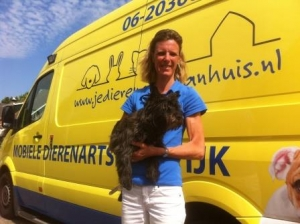 Rijdende dierenarts in Prinsenbeek